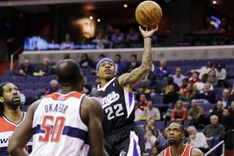 Isaiah Thomas Floater Earns Kings Win in Washington (VIDEO)