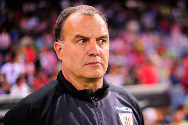 Why Marcelo Bielsa Would Be the Smart Choice to Replace Benitez at Chelsea
