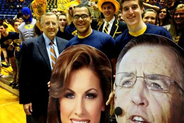 Brent Musburger and Katherine Webb Face Cutouts (PHOTO)