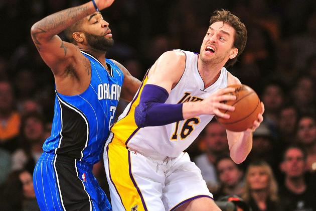 Pau Gasol: Lakers Big Man Smart to Accept Bench Role and Avoid Trade Request