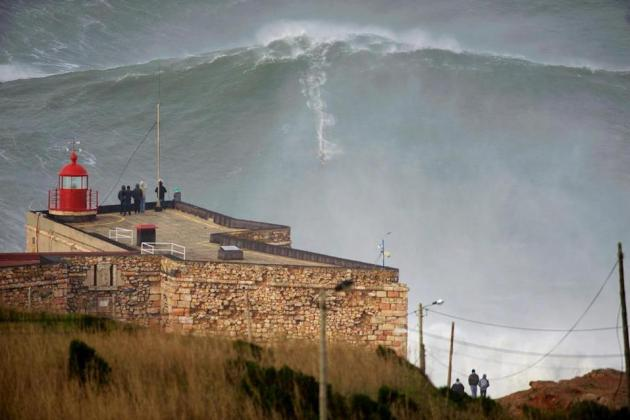 Garrett McNamara Rides World Record 100-Foot Wave in Portugal