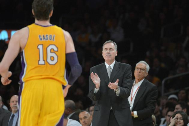 Pau Gasol: Mike D'Antoni Is Risking Lakers' Flimsy Chemistry by Benching Star PF
