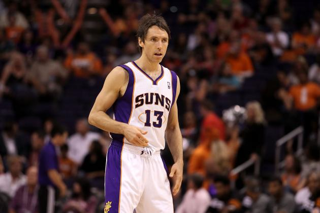 Steve Nash Comes Back to 'Special Place'