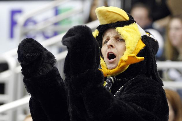 Penguins Stores Forfeit Profit to Say Sorry for Lockout