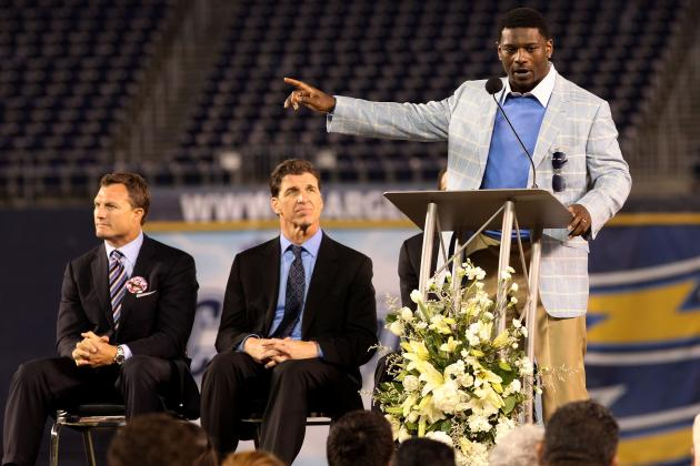 At Super Bowl, LT Picks Apart Chargers
