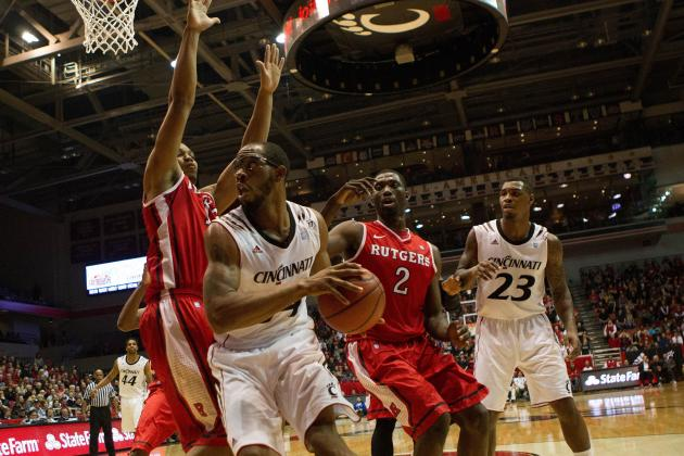 Cincinnati Basketball: Bearcats Defeat Scarlet Knights 62-54