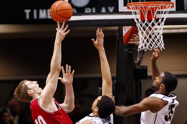 Zeller, No. 3 Hoosiers Overwhelm Boilermakers