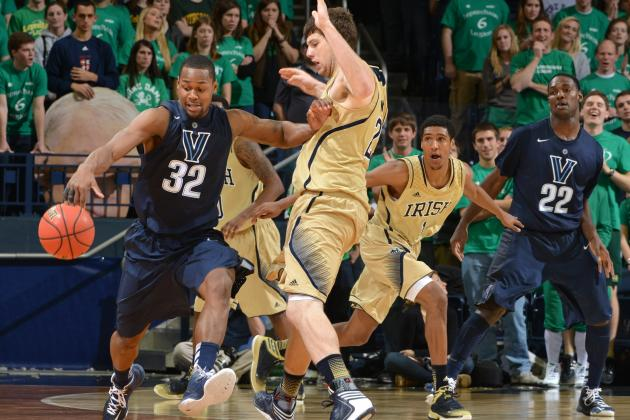 Notre Dame Holds off Red-Hot Villanova Athome