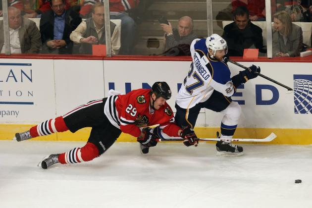 Chicago Blackhawks: 3rd Line Is an Odd Combination That Has Clicked