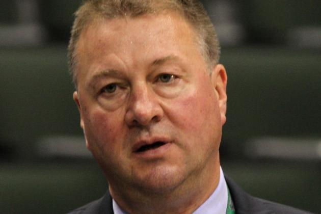 Will the Robert Luongo Fiasco Cost Vancouver Canucks GM Mike Gillis His Job?
