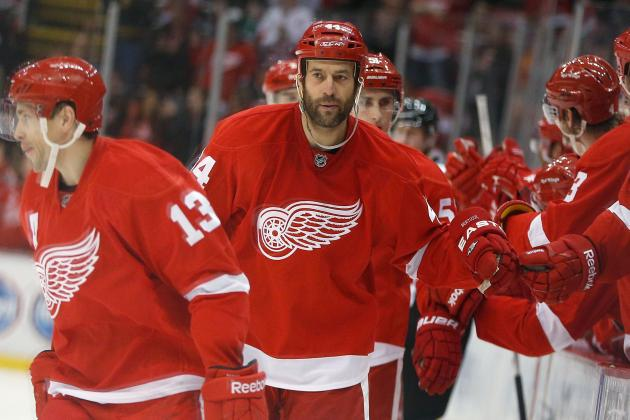 Bertuzzi Refuses to Don Visor, Despite Injury