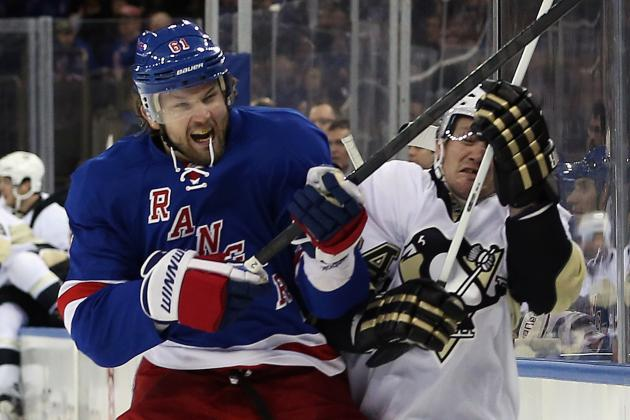 Pittsburgh Penguins Defeat New York Rangers 3-0 in Atlantic Division Showdown