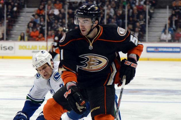 Palmieri's 2 Goals on 22nd Birthday Lift Ducks