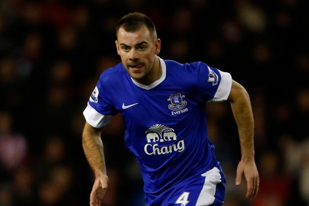 Gibson, Anichebe Start vs. Aston Villa as Jelavic Begins on Bench