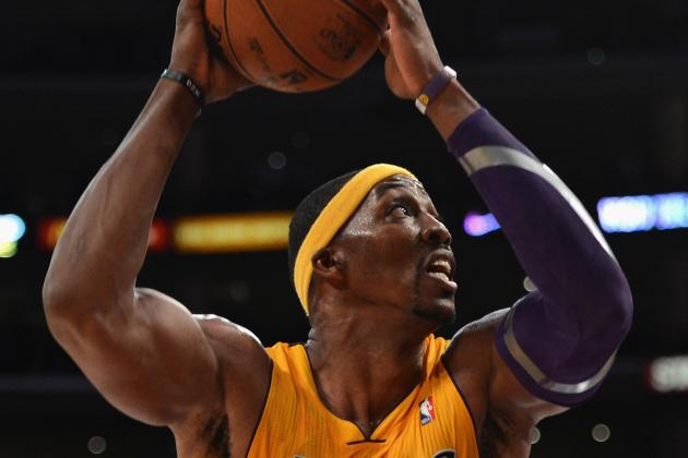 Lakers' Dwight Howard Expected to Play Sunday After Treatment
