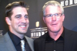 Favre-Rodgers Pose Together for Picture Backstage