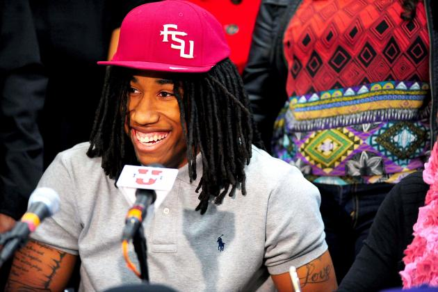 Do Recruits Really Need the Press Conference and Hat Thing? Hell Yeah!