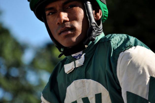 Jockey Mangalee Injured in Golden Gate Spill