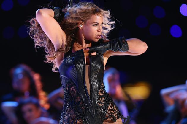 Super Bowl Halftime Show 2013: Spectacle Dismisses Beyonce's Backtrack Concerns