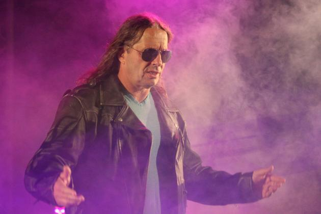 Bret Hart Keeps the Heat on Triple H, Says He Sees No 'Great Genius' in Him