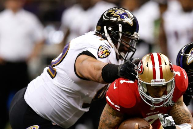 Haloti Ngata Exits Super Bowl with Knee Injury