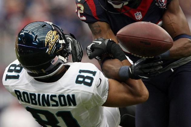 Concussions Could End Laurent Robinson's Career and Other AFC South Must-Reads