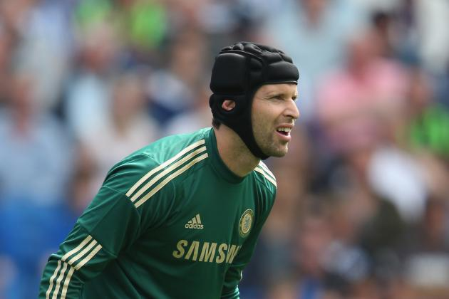 Chelsea Goalkeeper Petr Cech Suffers Broken Little Finger