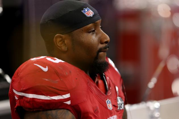 NaVorro Bowman Nearly Walks Out of Interview Because of Ray Lewis