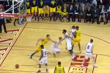 U-M's Beilein, Robinson Say Punch on Indiana's Hulls Was Not Intentional