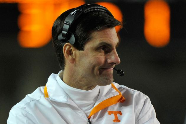 Dooley Officially Named New Wide Receivers Coach