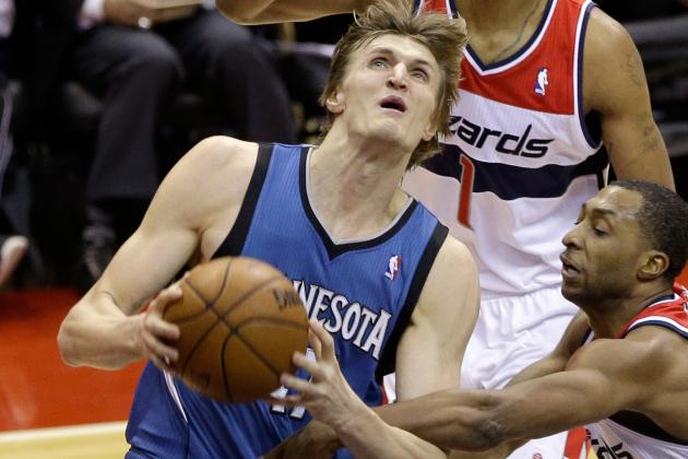 Andrei Kirilenko Injures Right Quad vs. Blazers