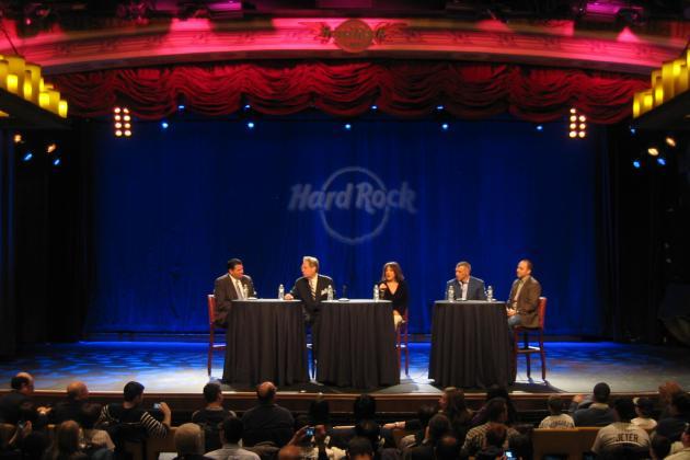 2013 New York Yankees: Hard Rock Cafe Hosts Hot Stove Forum