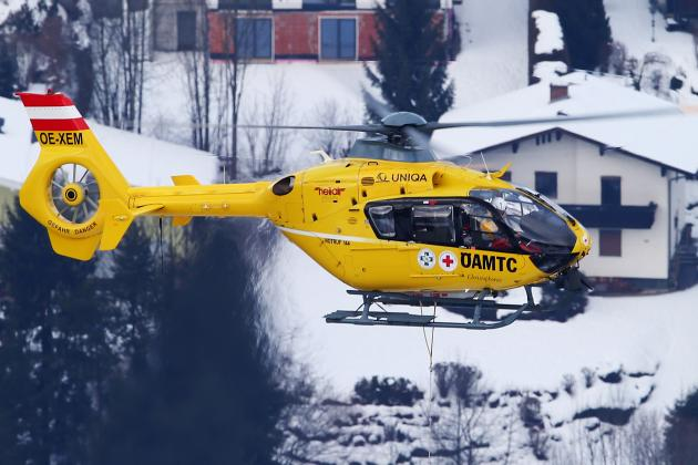 Lindsey Vonn Airlifted to Hospital After Skiing Accident