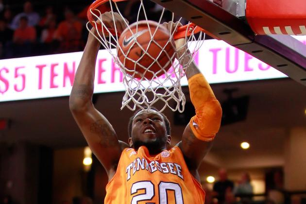 Vols' Hall Arrested for Traffic Violation