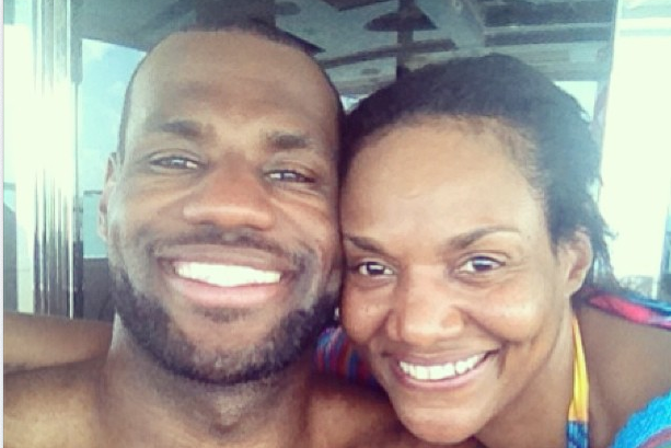 LeBron Shows Love to His Mom on Her Birthday