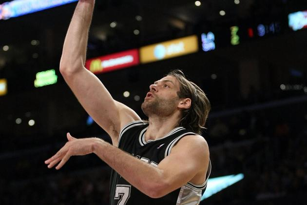 Ginobili Impressed with Former Spur Oberto'S Play with Athens