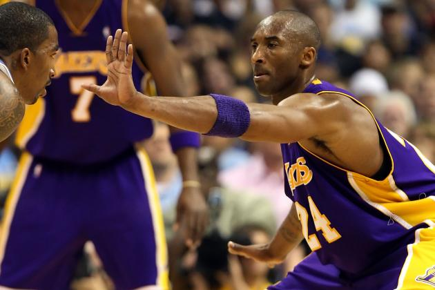 Kobe Bryant Says He Has Elbow Tendinitis in Right Arm
