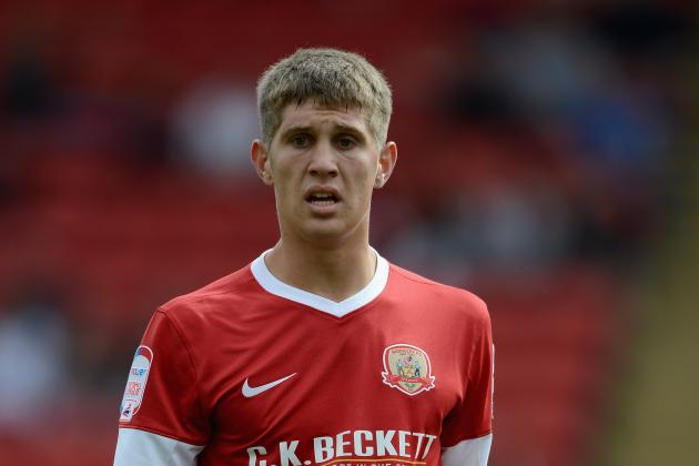 Everton Sign Stones from Barnsley