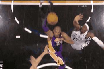 Kobe Posterizes Nets
