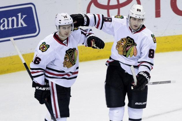 Blackhawks Stay Hot, Rally for 5-3 Win over Sharks
