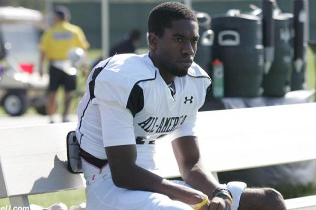 4-Star WR Reveals '50-Year-Career Plan' While Signing with Vanderbilt