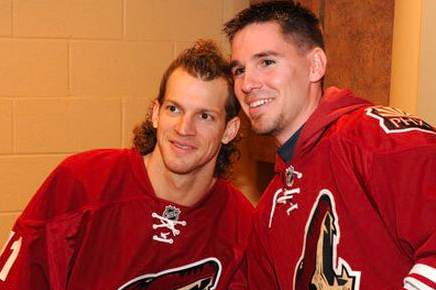 PHOTO: Mike Smith Finally Cut His Hair, and Now It's Simply Amazing