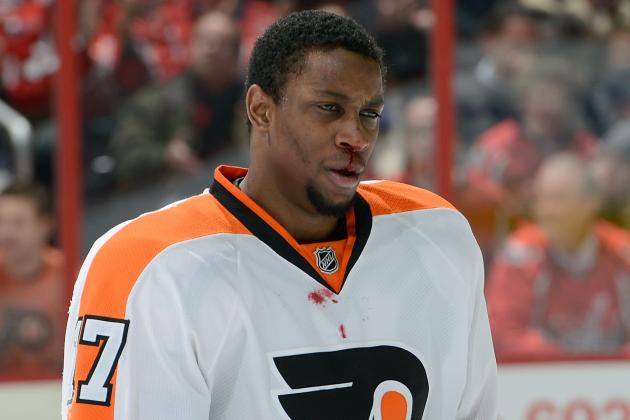 Simmonds Back at Practice