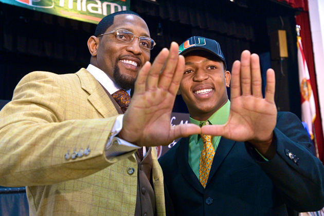 Ray Lewis and Son Flash the 'U' After Ray Lewis III Officially Commits to Miami