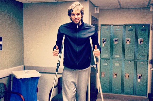 Pau Posts Instagram Pic Before MRI