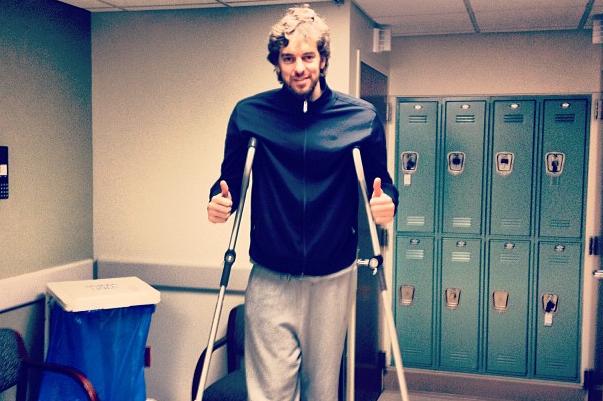 Pau Posts Instagram Pic Before MRI