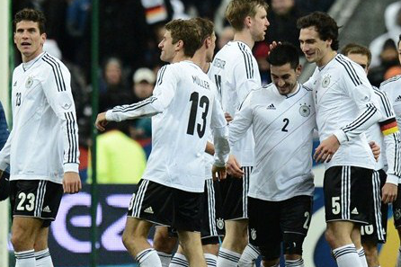 Germany Come from Behind to Beat France