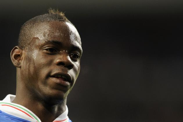 Soccer-Balotelli Fined by Police After Airport Row: Reports