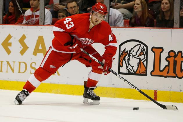 Red Wings' Darren Helm Gets Good News on Back, but Return Still Unknown