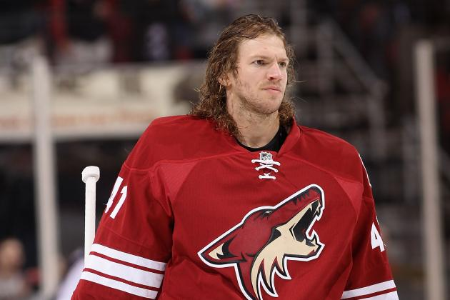 Coyotes' Mike Smith Invites You to Name His Terrible Haircut
